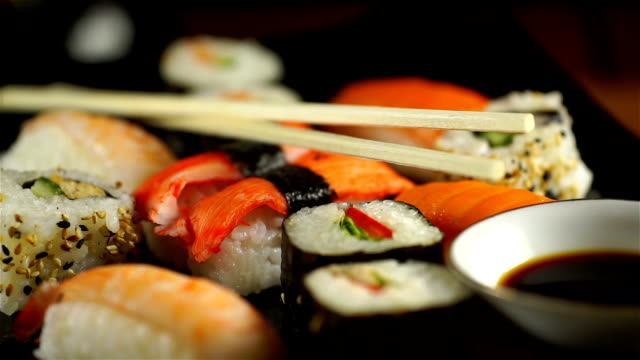 Sushi Assortments, Turntable video
