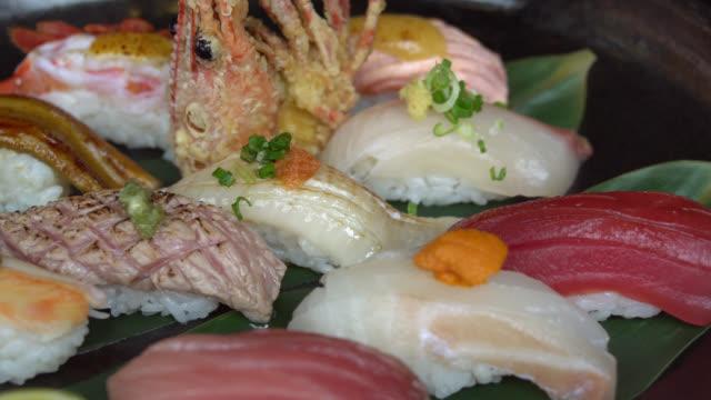 寿司。 ビデオ