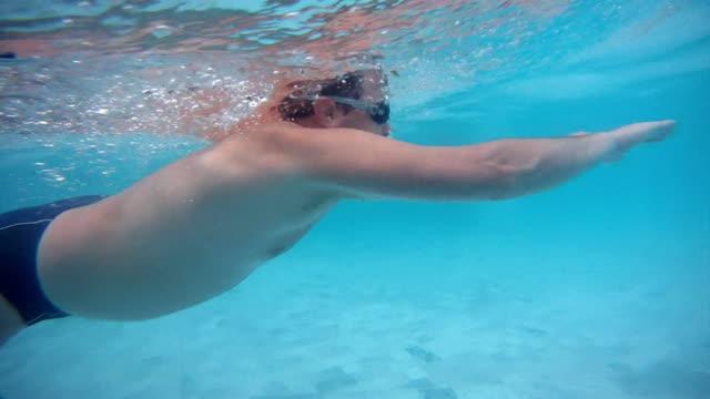 vídeos de stock, filmes e b-roll de natação, nado de peito - natação