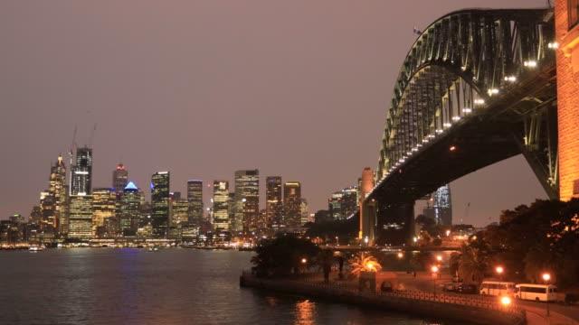 syd kirrib 세트 옐로우 다크 헤이즈 - 시드니 뉴사우스웨일스 스톡 비디오 및 b-롤 화면