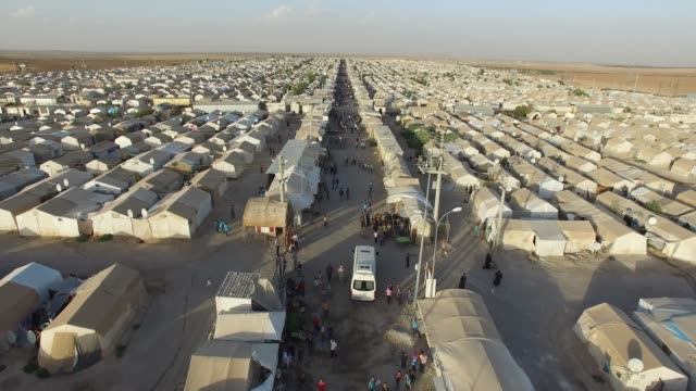 syrian refugees camp in sanliurfa, turkey. - fuggitivo video stock e b–roll