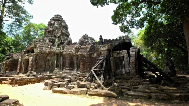 4K Ta Som, small temple in Angkor wat complex. Ancient architecture Cambodia