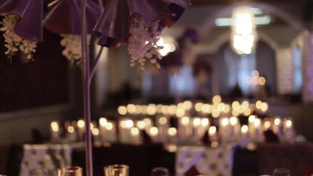 Mesa para uma festa de evento ou festa de casamento. - vídeo