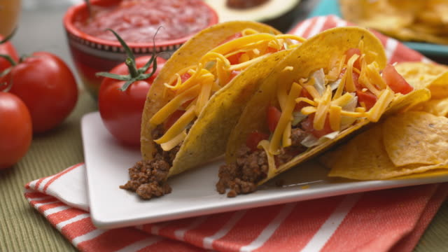 Tacos on plate video