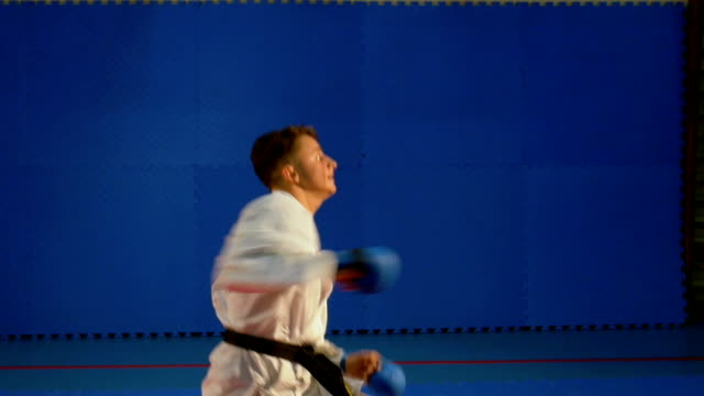 Taekwondo training for competition at the gym video