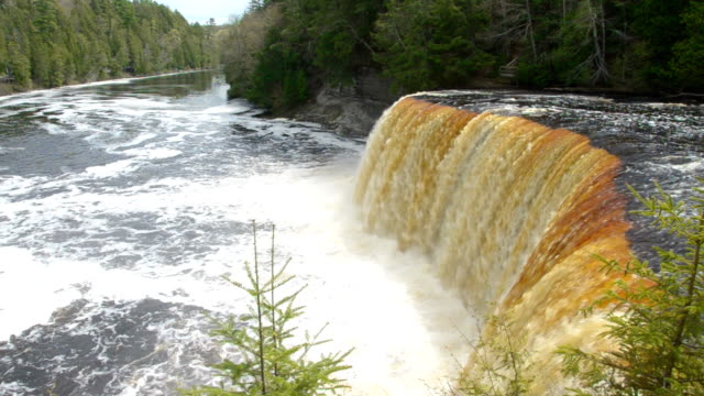 Tahquamenon Falls video