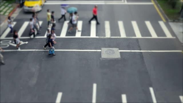taipei crosswalk of people crossing video