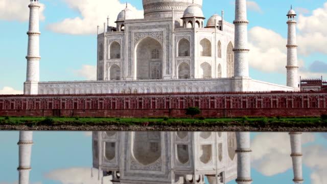 Taj mahal, Agra. India. Time Lapse. Reflectoin. video