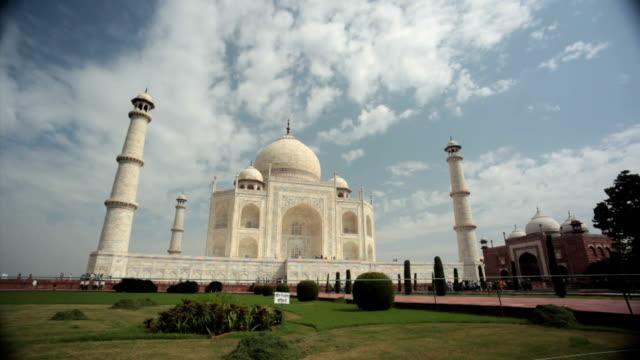 Taj Mahal Time lapse video