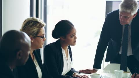 vídeos y material grabado en eventos de stock de tomar acción hacia un crecimiento - negocio corporativo