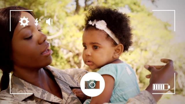 ta bilder av familj på en digitalkamera - moods vector boy bildbanksvideor och videomaterial från bakom kulisserna