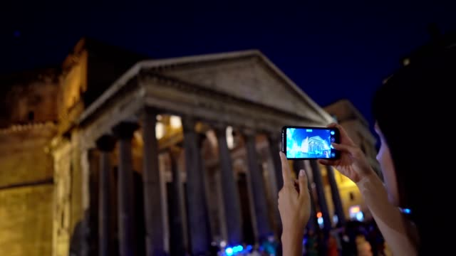 Taking photos of Pantheon, Rome