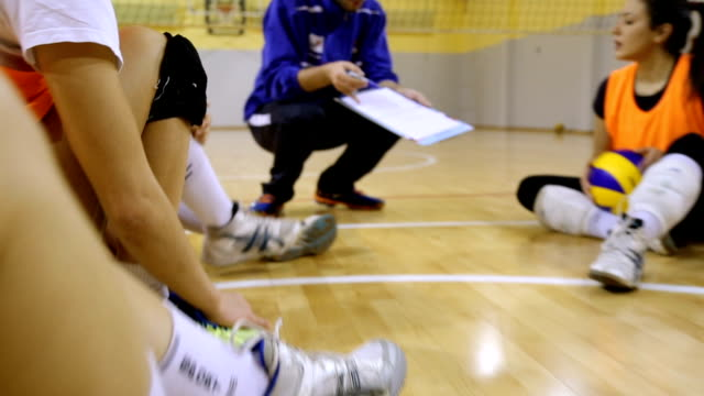sprechen strategie - volleyball stock-videos und b-roll-filmmaterial