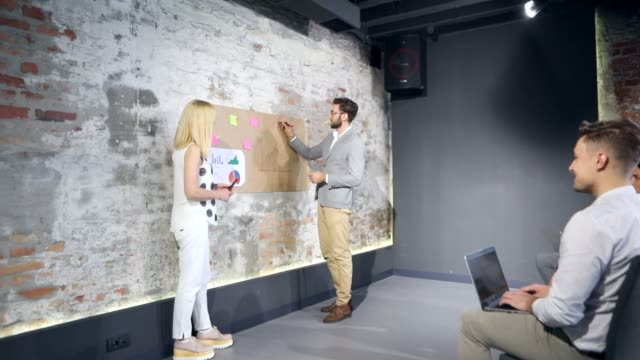 Talking with audiences makes more approachable video