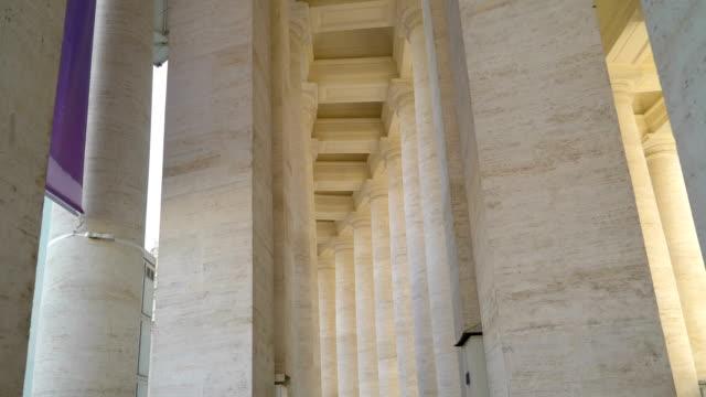 vatikan'ın roma i̇talya tarafında kulenin uzun boylu kirişler - vatikan şehir devleti stok videoları ve detay görüntü çekimi