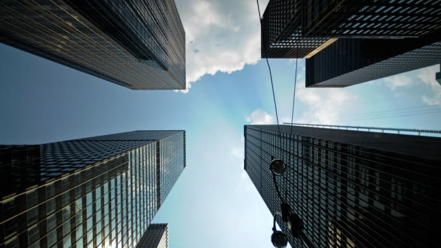 トールタイムラプス-マンハッタンの超高層ビル - 不吉点の映像素材/bロール