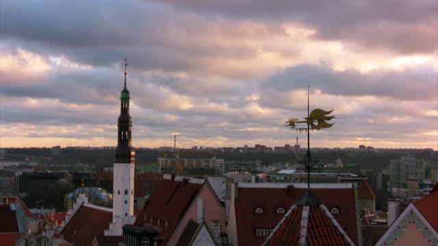 tallinn old town panorama - estonya stok videoları ve detay görüntü çekimi