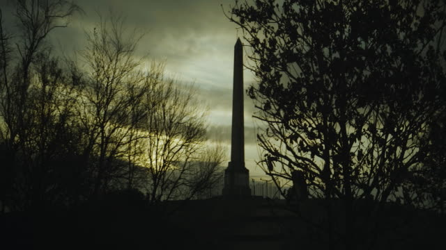 Tandle Hills Monument 2