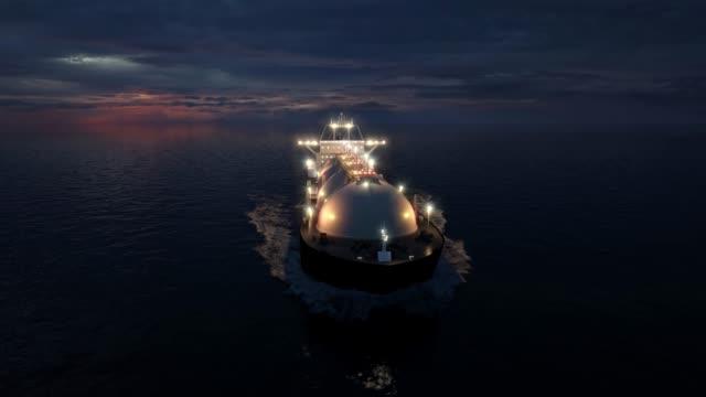 lng tanker at night - nave cisterna video stock e b–roll