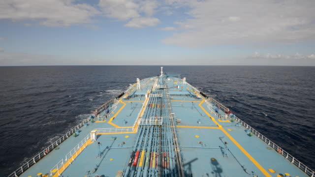 tanker - nave cisterna video stock e b–roll