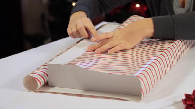 Taping Gift video