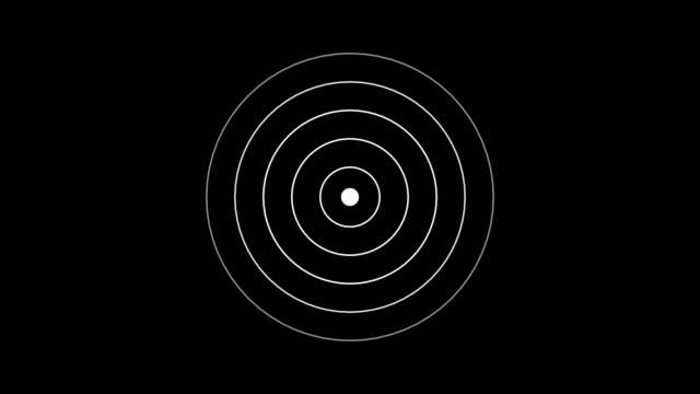 vidéos et rushes de icône de cible avec onde radio, signal d'interface radar circle avec des anneaux concentriques en mouvement. animation de l'onde radio, du radar ou du sonar. - vue partielle