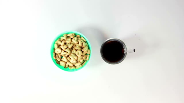 tea and crackers breakfast stop motion animation video