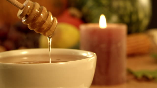 tea, honey, lemon video