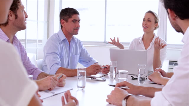 Team kreative Designer diskutieren – Video