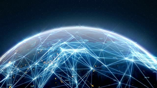 vídeos de stock, filmes e b-roll de números e 4k terra tecnológica - planet