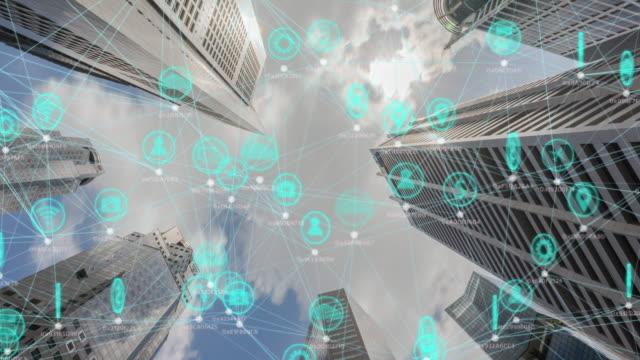 vidéos et rushes de concept de connexion et de communication du réseau technologique - science et technologie