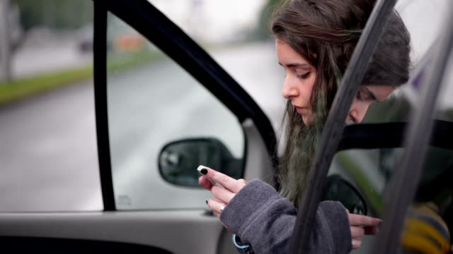 Teen Texting video