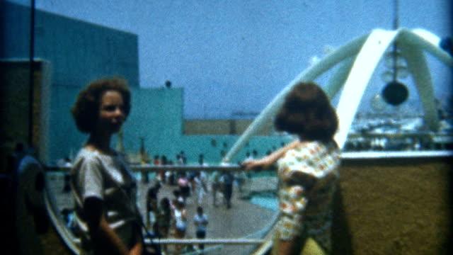 Teens Santa Monica 1950's video