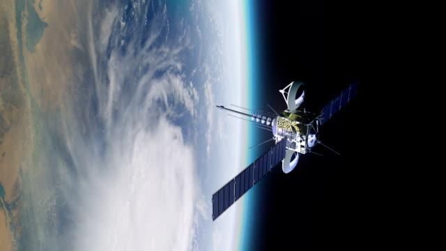 Telekommunikation Satelliten im orbit Erde. – Video