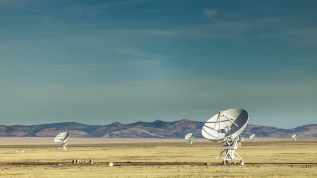 VLA Telescopes Moving in Harmony - Time Lapse