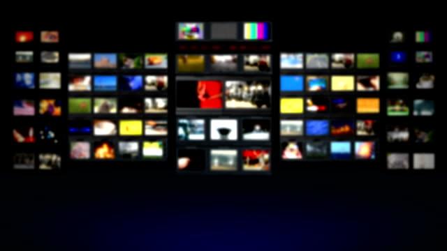 stockvideo's en b-roll-footage met hd - television studio. blurred background - studio