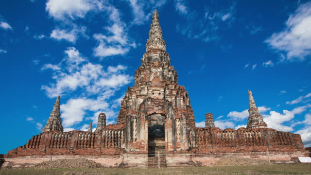 temple Chaiwatthanaram  Ayutthaya, Thailand. video