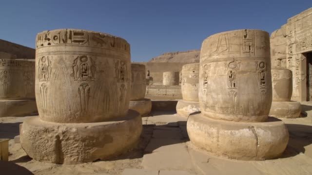 temple of medinet habu. egypt, luxor. the mortuary temple of ramesses iii at medinet habu is an important new kingdom period structure in the west bank of luxor in egypt. - in rovina video stock e b–roll