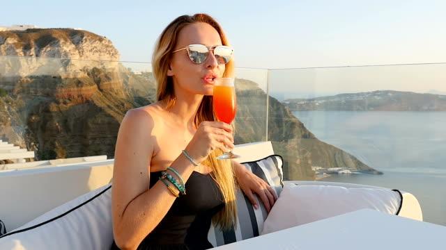 Tequila sunrise & Santorini