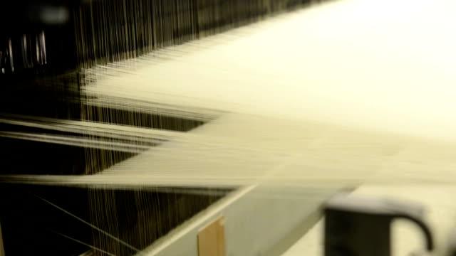 textil-maskin - väva bildbanksvideor och videomaterial från bakom kulisserna