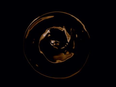 vídeos y material grabado en eventos de stock de textura de café recién preparado - café negro