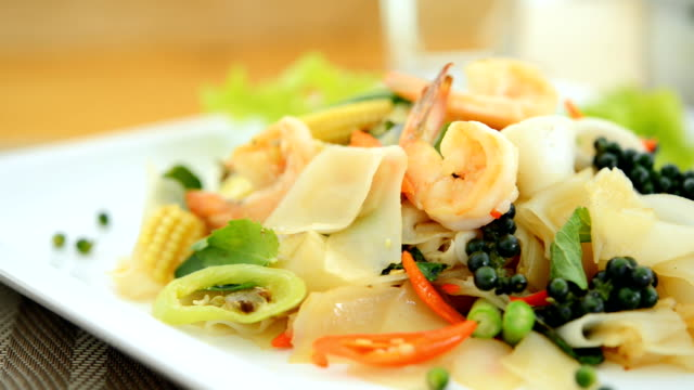 Thai noodle spicy seafood video