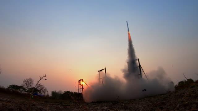 thai rocket - rakete stock-videos und b-roll-filmmaterial
