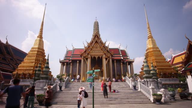 thailand bangkok city famous wat phra kaew temple main pagoda 4k time lapse video