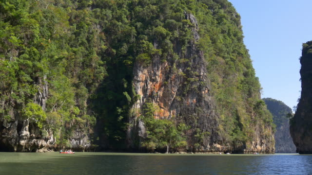 thailand day time famois islands kayak boat tourist excursion 4k video