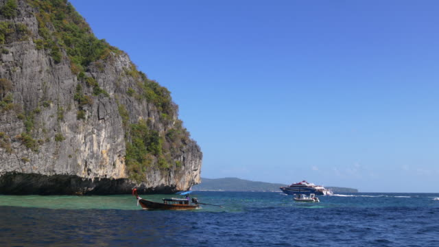 thailand summer day tourist motorboat ride islands panorama 4k video