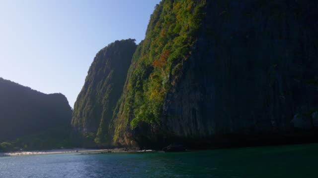 thailand sun light islands tourist boat ride panorama 4k video