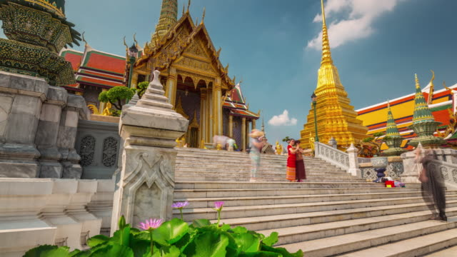 thailand sunny day bangkok temple of the emerald buddha 4k time lapse video