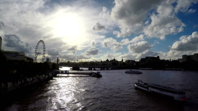 Thames River, Big Ben and London Eye, Real Time, London, Loop video
