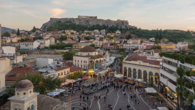 stockvideo's en b-roll-footage met de akropolis van athene, griekenland, met de tempel van de parthenon - athens
